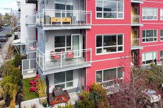 Photo 3: 204 785 Tyee Rd in : VW Victoria West Condo for sale (Victoria West)  : MLS®# 871469