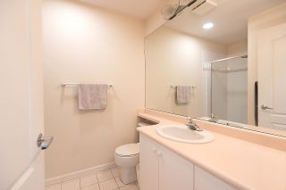 """Photo 15: 309 - 2271 BELLEVUE Avenue in West Vancouver: Dundarave Condo for sale in """"THE ROSEMONT"""" : MLS®# R2615793"""