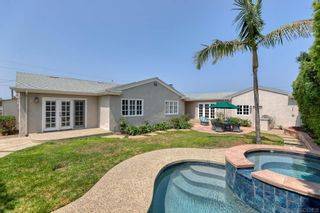 Photo 3: LA JOLLA House for sale : 4 bedrooms : 6511 Avenida Wilfredo