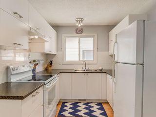 Photo 8: 20 FALCONRIDGE Place NE in Calgary: Falconridge Semi Detached for sale : MLS®# C4302854