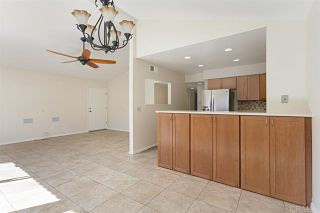 Photo 7: Townhouse for sale : 3 bedrooms : 2502 Via Astuto in Carlsbad