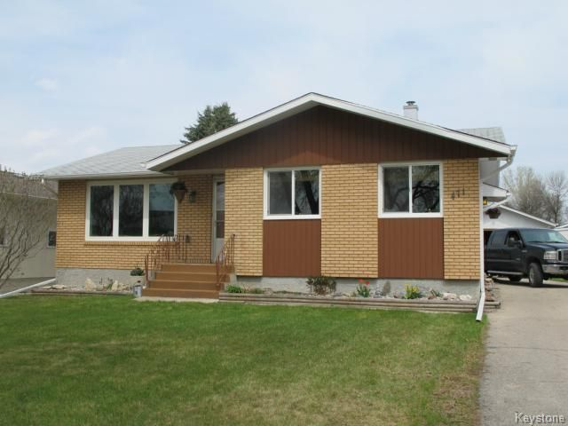 Main Photo:  in WINNIPEG: North Kildonan Residential for sale (North East Winnipeg)  : MLS®# 1511206