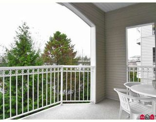 """Photo 10: 206 5677 208TH Street in Langley: Langley City Condo for sale in """"Ivy Lea"""" : MLS®# F2728512"""