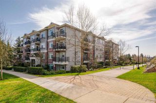 "Photo 2: 311 19530 65 Avenue in Surrey: Clayton Condo for sale in ""Hawthorne"" (Cloverdale)  : MLS®# R2555366"