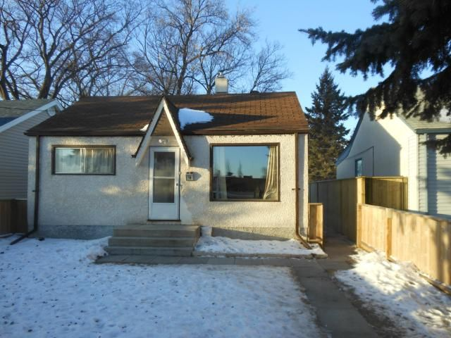 FEATURED LISTING: 19 Norberry Drive WINNIPEG