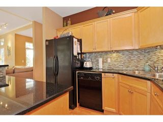 Photo 5: 8 MOSSOM CREEK Drive in Port Moody: North Shore Pt Moody 1/2 Duplex for sale : MLS®# V1104337