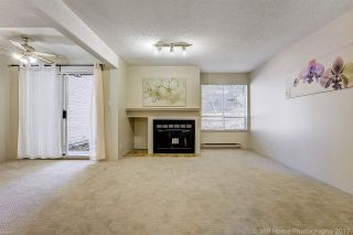 """Photo 3: 3475 WEYMOOR Place in Vancouver: Champlain Heights Townhouse for sale in """"MOORPARK"""" (Vancouver East)  : MLS®# R2221889"""