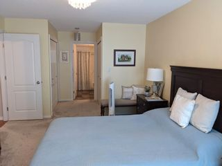 """Photo 17: 201 15342 20 Avenue in Surrey: King George Corridor Condo for sale in """"STERLING PLAZA"""" (South Surrey White Rock)  : MLS®# R2602096"""