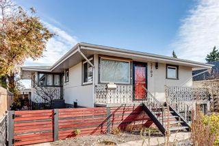 Main Photo: 2702 17 Street SE in Calgary: Inglewood Detached for sale : MLS®# A1154956
