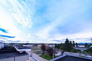 Photo 5: 2 19670 55A Avenue in Langley: Langley City Townhouse for sale : MLS®# R2409382