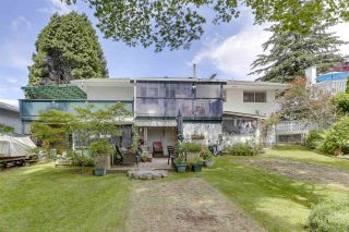 Photo 38: 2122 EDGEWOOD Avenue in Coquitlam: Central Coquitlam House for sale : MLS®# R2462677