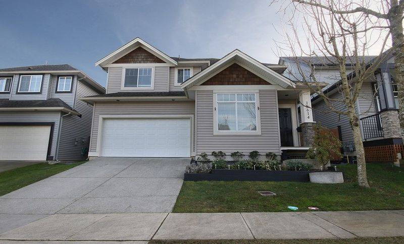 FEATURED LISTING: 16614 59A Avenue Surrey
