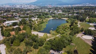 """Photo 15: 3539 COPLEY Street in Vancouver: Grandview Woodland House for sale in """"Trout Lake - Grandview Woodland"""" (Vancouver East)  : MLS®# R2600796"""