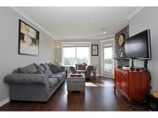 """Photo 4: 403 5759 GLOVER Road in Langley: Langley City Condo for sale in """"COLLEGE COURT"""" : MLS®# F1442596"""