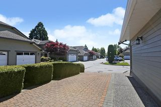 Photo 3: 109 16275 15 AVENUE in Surrey: King George Corridor Townhouse for sale (South Surrey White Rock)  : MLS®# R2580156