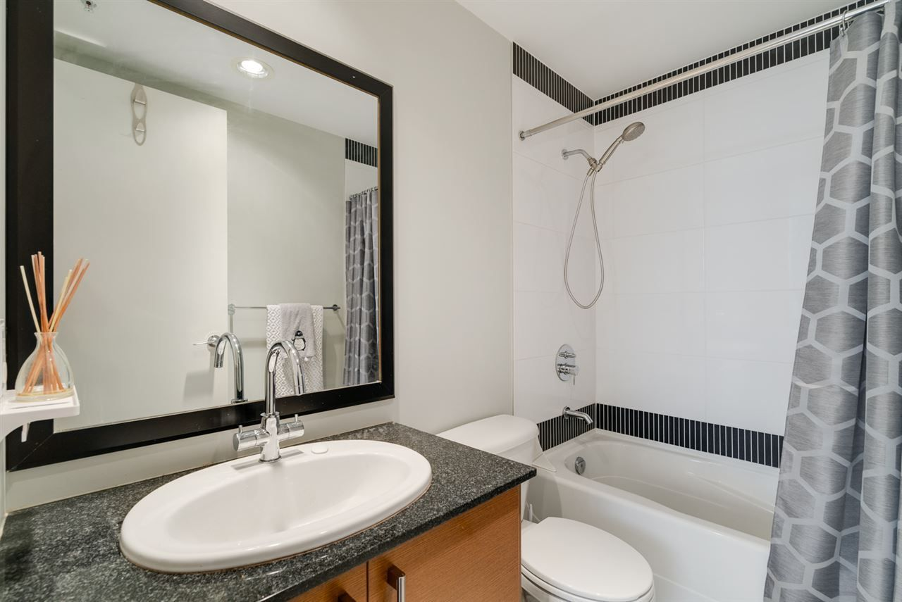 """Photo 16: Photos: 603 4250 DAWSON Street in Burnaby: Brentwood Park Condo for sale in """"OMA 2"""" (Burnaby North)  : MLS®# R2212990"""