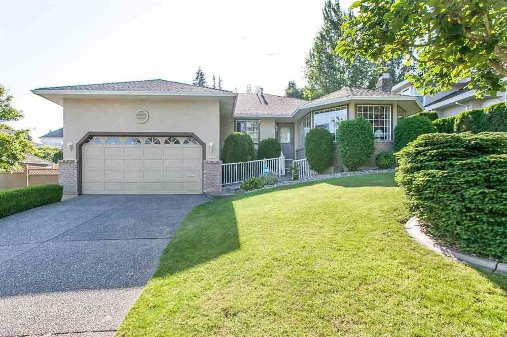 Main Photo: 4646 215B STREET in Langley: Murrayville Home for sale ()  : MLS®# R2086032