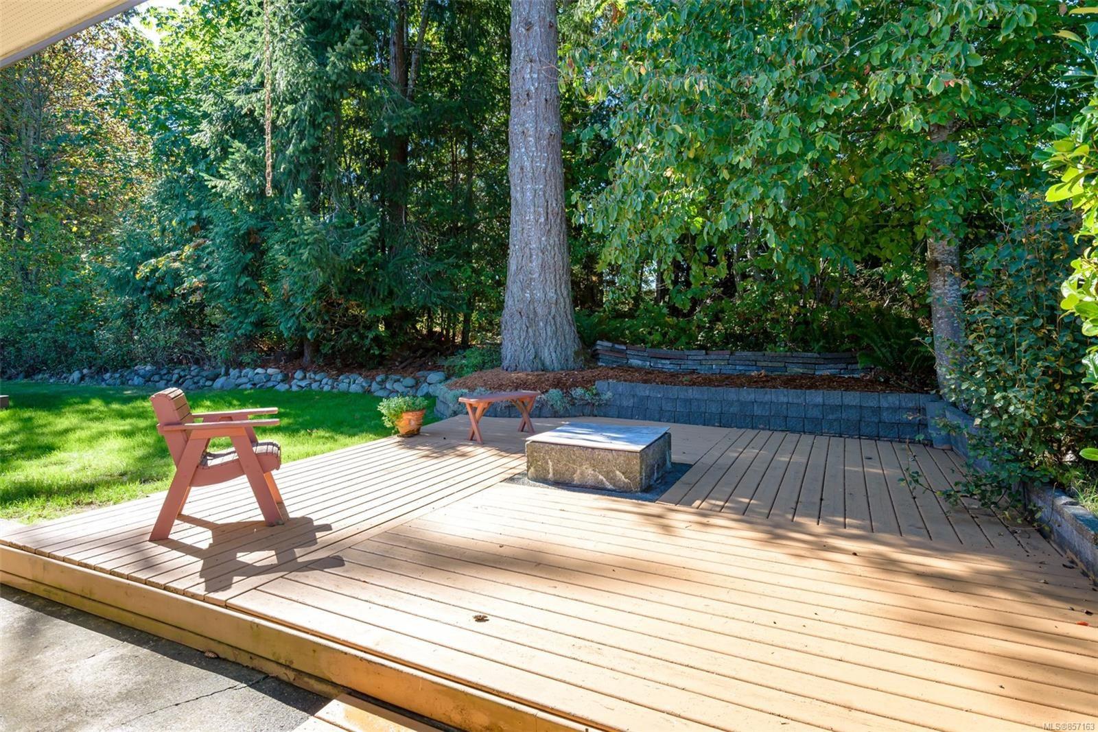 Photo 52: Photos: 4241 Buddington Rd in : CV Courtenay South House for sale (Comox Valley)  : MLS®# 857163
