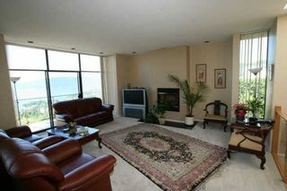 Photo 4: 4673 Woodburn Rd in West Vancouver: Cypress Park Estates House for sale : MLS®# V606882