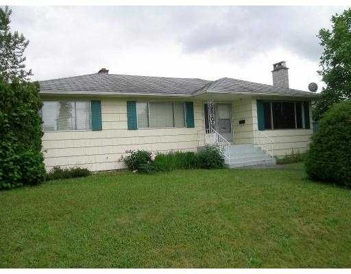 Main Photo: 1818 Holdom Ave in Burnaby: House for sale (Burnaby North)
