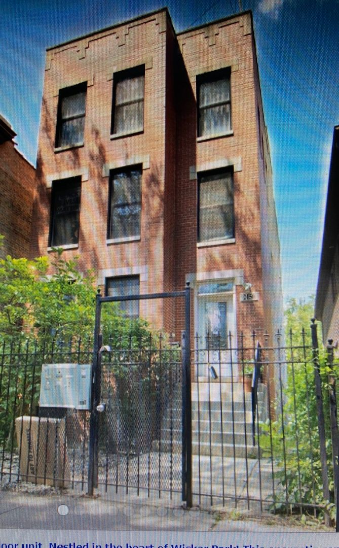 Photo 1: Photos: 2150 W Potomac Avenue Unit 1 in Chicago: CHI - West Town Residential Lease for lease ()  : MLS®# 11117654
