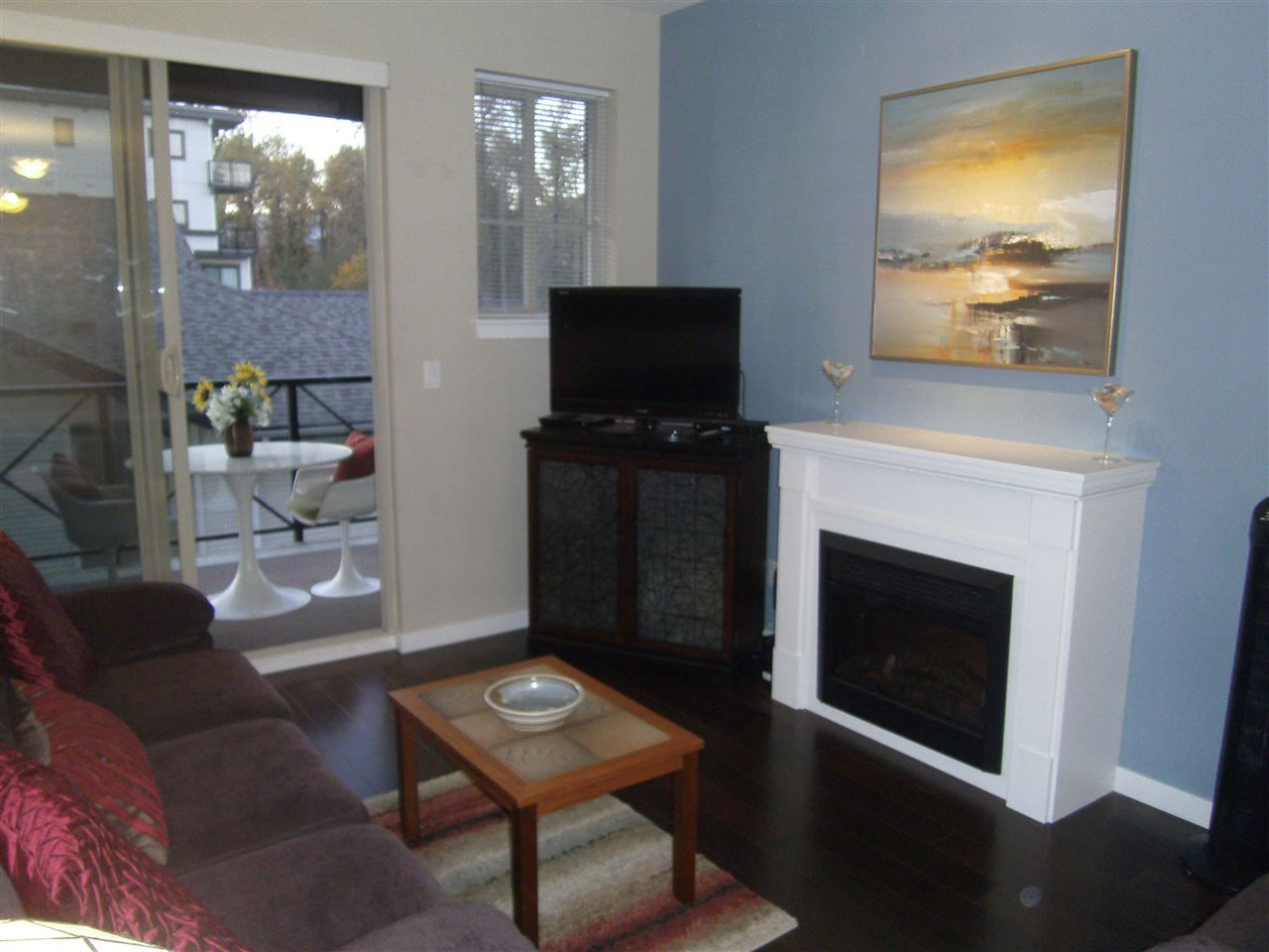 """Photo 5: Photos: 304 2336 WHYTE Avenue in Port Coquitlam: Central Pt Coquitlam Condo for sale in """"CENTREPOINTE"""" : MLS®# R2014539"""