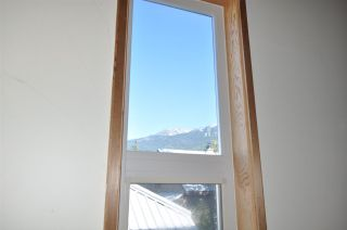 Photo 12: 32 6125 EAGLE DRIVE in Whistler: Whistler Cay Heights Townhouse for sale : MLS®# R2341108