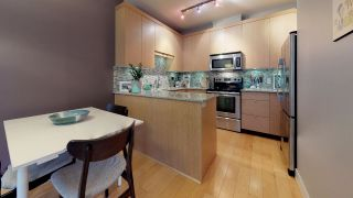 """Photo 2: 205 1909 MAPLE Drive in Squamish: Valleycliffe Condo for sale in """"The Edge"""" : MLS®# R2328158"""