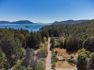 Photo 3: 4205 Armadale Rd in : GI Pender Island House for sale (Gulf Islands)  : MLS®# 885451