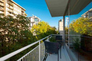 """Photo 4: 501 1960 ROBSON Street in Vancouver: West End VW Condo for sale in """"Lagoon Terrace"""" (Vancouver West)  : MLS®# R2528617"""
