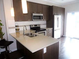 Photo 3: 116 5888 144 STREET in Surrey: Sullivan Station Home for sale ()  : MLS®# R2189479