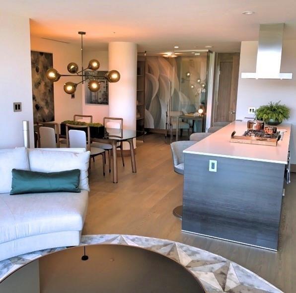 Photo 17: Photos: 607 738 1 Avenue SW in Calgary: Eau Claire Apartment for sale : MLS®# C4272230