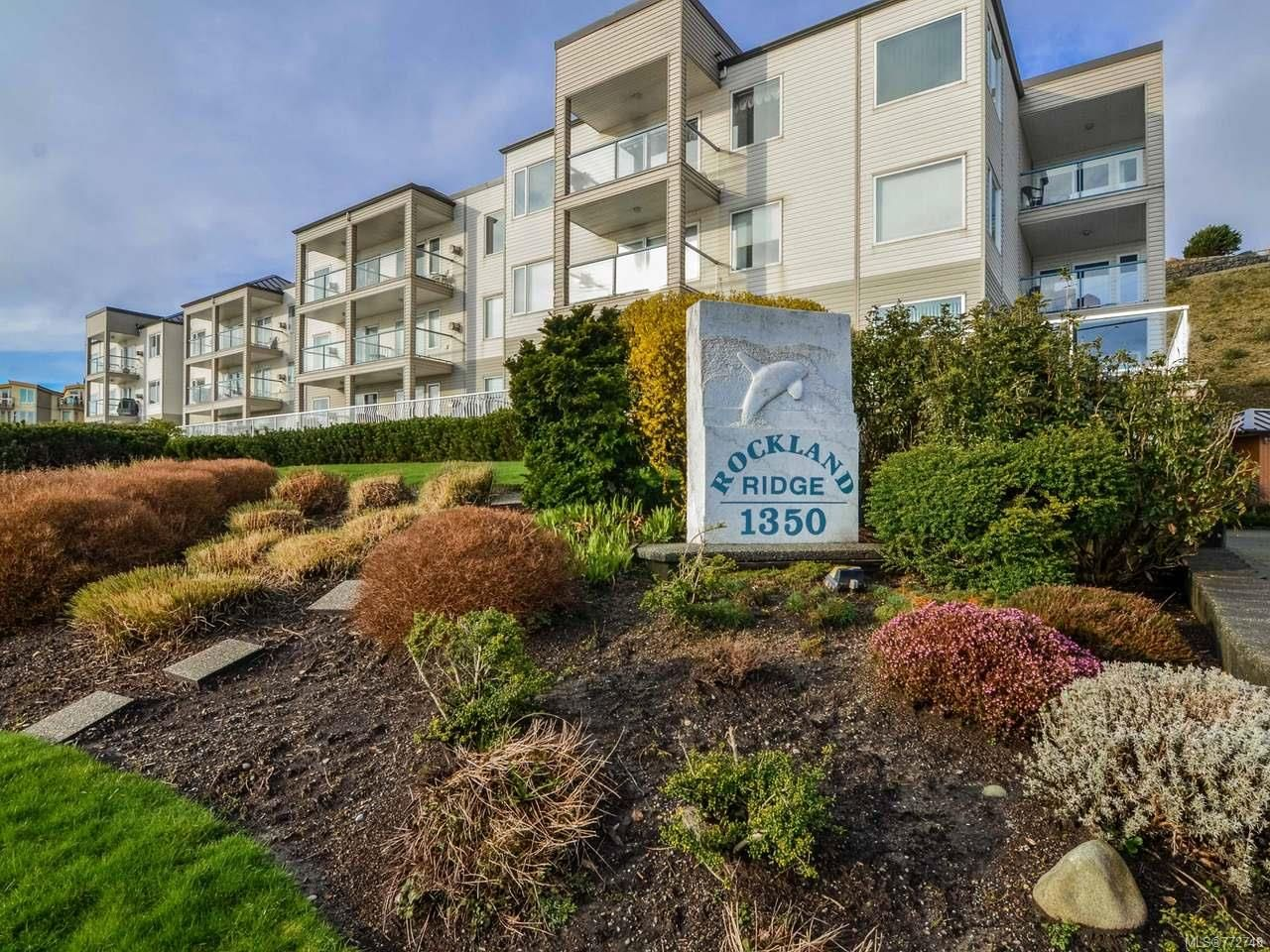 Main Photo: 202 1350 S Island Hwy in CAMPBELL RIVER: CR Campbell River Central Condo for sale (Campbell River)  : MLS®# 772748