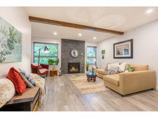 "Photo 2: 307 1234 MERKLIN Street: White Rock Condo for sale in ""Ocean Vista"" (South Surrey White Rock)  : MLS®# R2377781"