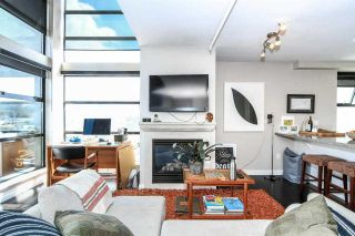 """Photo 3: 710 428 W 8TH Avenue in Vancouver: Mount Pleasant VW Condo for sale in """"XL LOFTS"""" (Vancouver West)  : MLS®# R2088078"""