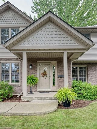 Photo 3: 91 GREENBRIER Crescent in London: South N Residential for sale (South)  : MLS®# 40165293