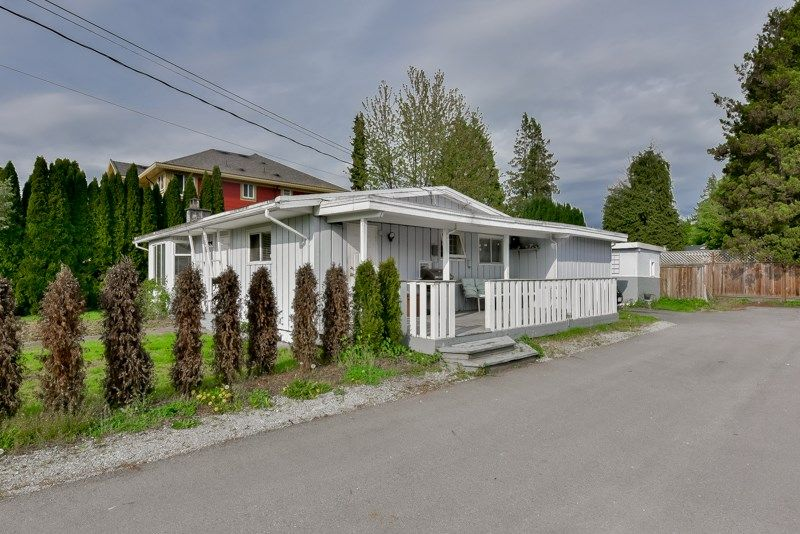 Main Photo: 3032 OXFORD STREET in : Glenwood PQ House for sale : MLS®# R2057039