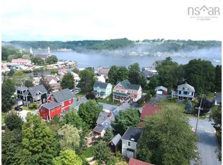 Photo 3: 15 School Street in Mahone Bay: 405-Lunenburg County Residential for sale (South Shore)  : MLS®# 202120769
