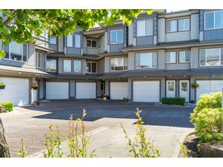 """Photo 2: 185 18701 66 Avenue in Surrey: Cloverdale BC Townhouse for sale in """"ENCORE at HILLCREST"""" (Cloverdale)  : MLS®# R2495999"""