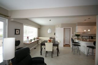 Photo 8: 736 W 66th Avenue in Vancouver: Home for sale : MLS®# V833696