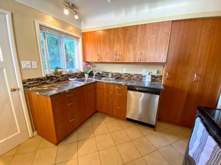 Photo 12: 420 Richmond Ave in : Vi Fairfield East House for sale (Victoria)  : MLS®# 874416
