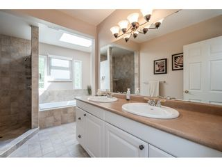"""Photo 20: 82 CLOVERMEADOW Crescent in Langley: Salmon River House for sale in """"Salmon River"""" : MLS®# R2485764"""