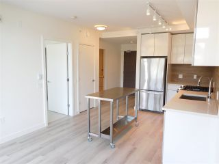 """Photo 3: 502 200 NELSON'S Crescent in New Westminster: Sapperton Condo for sale in """"THE SAPPERTON"""" : MLS®# R2190358"""