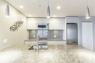 """Photo 4: 3608 128 W CORDOVA Street in Vancouver: Downtown VW Condo for sale in """"Woodwards (W43)"""" (Vancouver West)  : MLS®# R2559958"""