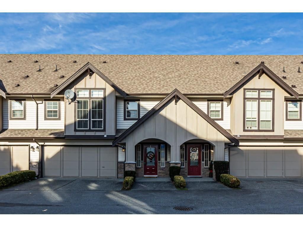 """Main Photo: 5 46151 AIRPORT Road in Chilliwack: Chilliwack E Young-Yale Townhouse for sale in """"AVION"""" : MLS®# R2423749"""