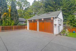 Photo 31: 2717 Roseberry Ave in : Vi Oaklands House for sale (Victoria)  : MLS®# 875406