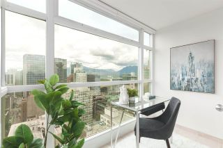 """Photo 10: 2802 438 SEYMOUR Street in Vancouver: Downtown VW Condo for sale in """"The Residences at Conference Plaza"""" (Vancouver West)  : MLS®# R2592278"""
