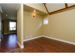 Photo 4: 6882 192A Street in Surrey: Clayton House for sale (Cloverdale)  : MLS®# F1412935