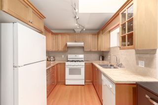 Photo 14: 440 W 13TH Avenue in Vancouver: Mount Pleasant VW Townhouse for sale (Vancouver West)  : MLS®# R2561299
