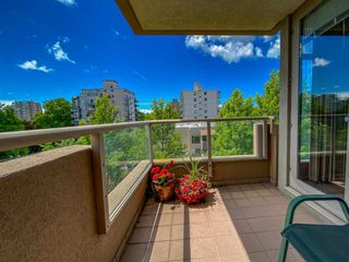 """Photo 34: 601 2108 W 38TH Avenue in Vancouver: Kerrisdale Condo for sale in """"THE WILSHIRE"""" (Vancouver West)  : MLS®# R2577338"""